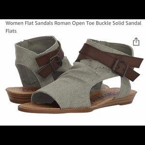 Shoes - Canvas Sandals 10